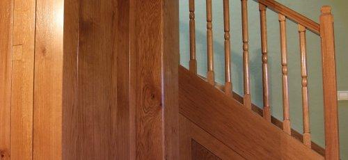 Escalera terminada. Se aprovecho la parte de debajo la escalera para hacer un armario.