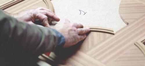 Ajustando las molduras del techo