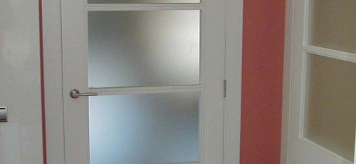 Puerta vidrtiera lacada en blanco
